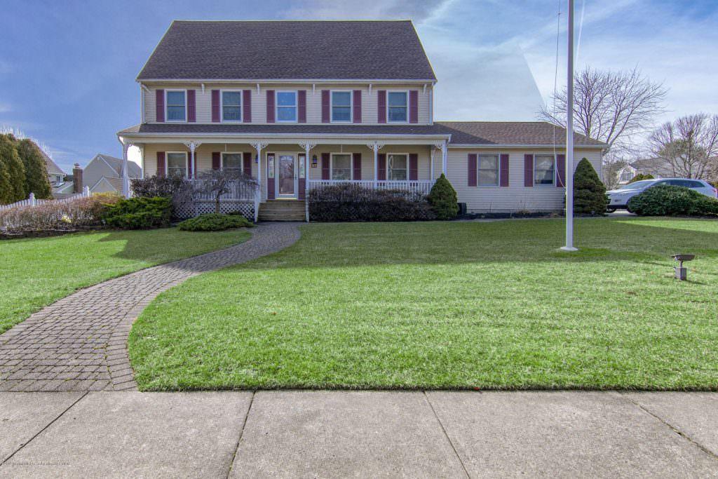 117 Lilac Dr, Toms River NJ 21907456